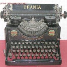 Antigüedades: MAQUINA DE ESCRIBIR URANIA . Lote 7616472