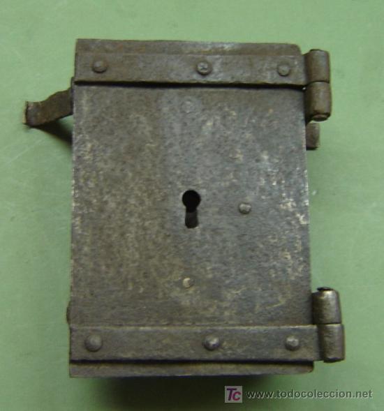Tapa antigua de hierro para contador de agua o comprar for Imagenes de llaves de agua