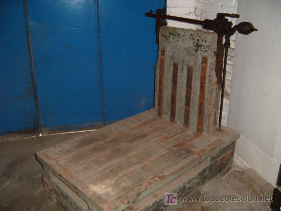 ANTIGUA BASCULA DE ALMACEN - ENVIO GRATIS A CATALUÑA (Antigüedades - Técnicas - Medidas de Peso - Básculas Antiguas)