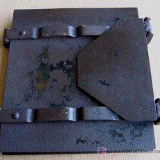 Antigüedades: PRENSA DE LIBROS DE HIERRO . Lote 54104793
