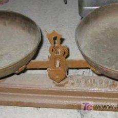 Antigüedades: BÁSCULA DE 2 PLATOS, DE 5 KG. Lote 13161519