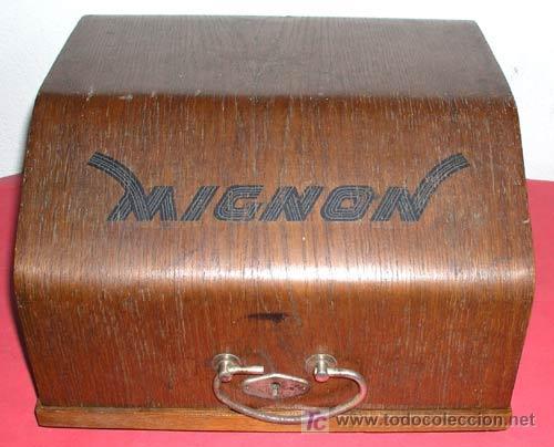 Antigüedades: MAQUINA DE ESCRIBIR MIGNON Nº 4 CON ESTUCHE DE MADERA - Foto 13 - 12388855