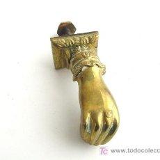 Antigüedades: ALDABA DE BRONCE ANTIGUA . Lote 27196963