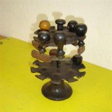 Antigüedades: PARA POSAR SELLOS DE VCAUCHO ANTIGUO. Lote 7127314