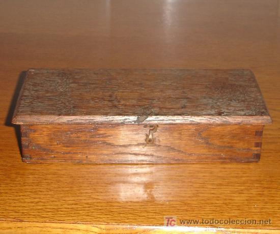 Antigüedades: Antiguo juego de pesas con estuche de madera y balanza S.XIX - Foto 5 - 27155925