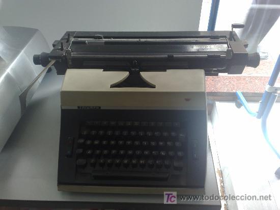 MAQUINA DE ESCRIBIR TRIUMPH MELIORA (Antigüedades - Técnicas - Máquinas de Escribir Antiguas - Triumph)