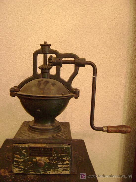 MOLINO DE CAFE MARCA PEUGEAUT (Antigüedades - Técnicas - Molinillos de Café Antiguos)