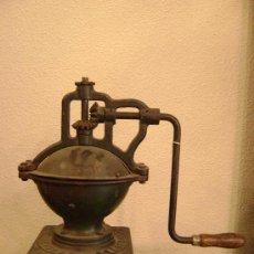 Antigüedades: MOLINO DE CAFE MARCA PEUGEAUT. Lote 22252300