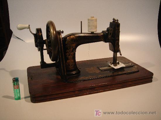 MAQUINA DE COSER PORTATIL MARCA FRISTER&ROSSMANN ALEMANA SUPER BIEN CONSERVADA MANUAL (Antigüedades - Técnicas - Máquinas de Coser Antiguas - Frister & Rossmann)