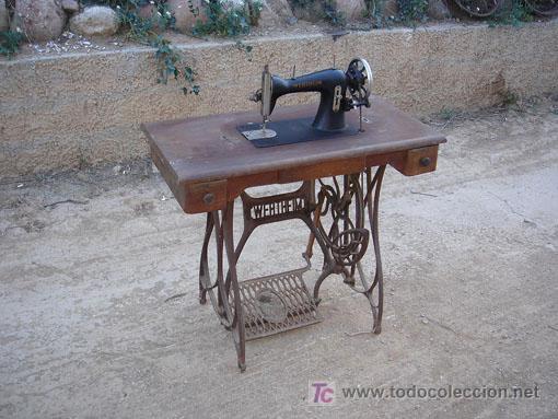 MAQUINA DE COSER DE LA MARCA WERTHEIM FUNCIONA (Antigüedades - Técnicas - Máquinas de Coser Antiguas - Wertheim )