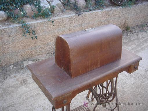 Antigüedades: Maquina de coser de la marca wertheim funciona - Foto 3 - 26146882