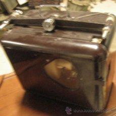 Antigüedades: PROYECTOR GRANDE DE CINE CINERIC, AÑOS 40. Lote 27575051