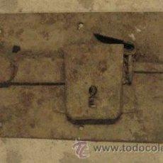 Antigüedades: CERRADURA DE 27 CMS, SIN LLAVE. Lote 8166926