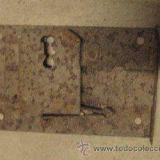Antigüedades: CERRADURA DE 14 CMS, SIN LLAVE. Lote 8166966