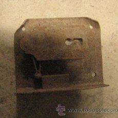 Antigüedades: CERRADURA DE 8 CMS, SIN LLAVE. Lote 8166976