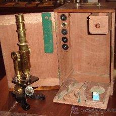 Antigüedades - Antigüo Microscopio alemán con caja - 26628666