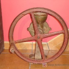 Antigüedades: MOLINO MOLINILLO DE CAFÉ. Lote 26785424