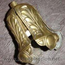 Antigüedades: PORTALAMPARAS ANTIGUO PARA PAMPULOS EN LATON MEDIDA 9*7 CMS.. Lote 26954630