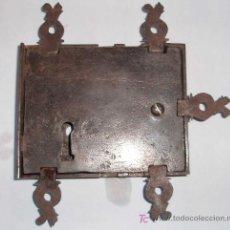 Antigüedades: CERRADURA FRANCESA DE ARMARIO. EPOCA LUIS XIV. Lote 26706865