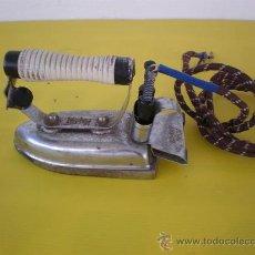 Antigüedades: PLANCHA ELECTRICA ANTIGUA. Lote 9368904