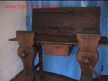 BANCO DE TRABAJO GUARNICIONERO (Antigüedades - Técnicas - Herramientas Antiguas - Otras profesiones)