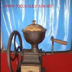 Antigüedades: ESPECTACULAR MOLINILLO ANTIGUO CAFE VOLANTE MANIVELA RUEDA. Lote 25732207