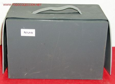 Antigüedades: PROYECTOR NIZO DE 8MM - Foto 5 - 10473780
