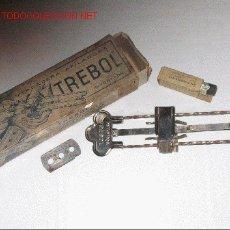 Antigüedades: MAGNIFICO AFILADOR DE HOJAS DE AFEITAR *MARCA TREBOL*. Lote 22385441