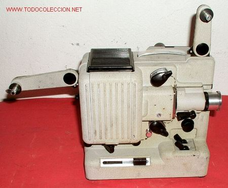 Antigüedades: PROYECTOR EUMIG PHONOMATIC DE 8MM - Foto 2 - 10717627