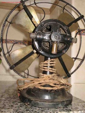 Antigüedades: ANTIGUO VENTILADOR VINTAGE. Aspas metal. Hierro - Foto 4 - 45161566