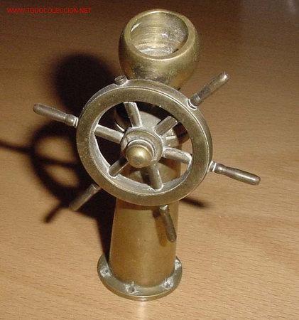 ANTIGUO TIMON DE BRONCE , MIDE 11 CM APROX (Antigüedades - Antigüedades Técnicas - Marinas y Navales)