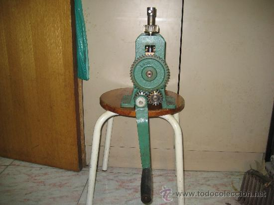 Antigüedades: antigua laminadora de joyería - Foto 4 - 61695080
