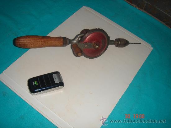 Antigüedades: TALADRO MANUAL ANTIGÜO A MANIVELA - Foto 2 - 27247537