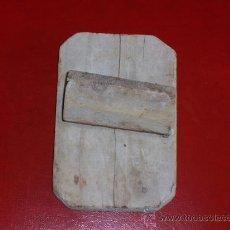 Antigüedades: ANTIGUA PALETA LLANA EN MADERA DEL SIGLO PASADO. Lote 27442228