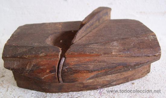 Antigüedades: mini cepillo de moldura con cuchilla curvada (9x5x3cm aprox, cuchilla 2cm de ancho aprox) - Foto 5 - 21389798