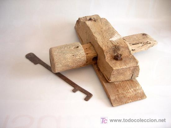 Cerradura popular en madera con llave de hierro comprar cerraduras antiguas en todocoleccion - Cerraduras para puertas de madera precios ...