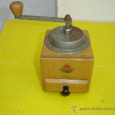 Antigüedades: MOLINILLO DE CAFE DIENES MOKKA. Lote 11691320