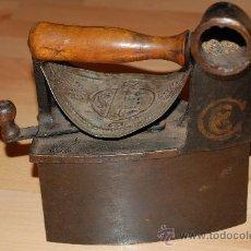 Antigüedades: PLANCHA DE CARBON SIGLO XIX. Lote 11724313