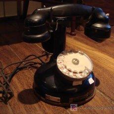 Teléfonos: TELEFONO ANTIGUO CON DISCO Y AURICULAR AUXILIAR. Lote 26363617
