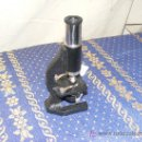 Antigüedades: PEQUEÑO MICROSCOPIO DE ESTUDIANTE. Lote 27289243