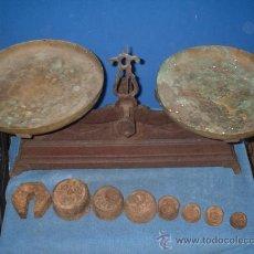 Antigüedades: BALANZA ANTIGUA DE 10 KILOS. Lote 27300421