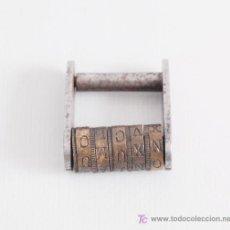 Antigüedades: CANDADO DE APERTURA POR CLAVE EN LATÓN Y HIERRO.. Lote 25241753