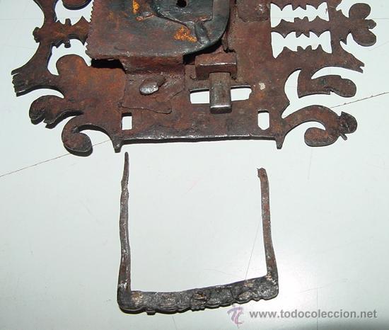 Antigüedades: EXCEPCIONAL CERRADURA DE HIERRO FORJADO SIGLO XVII - XVIII DE FORJA, JUNTO CON SUS CLAVOS Y CON ACCE - Foto 11 - 26578096