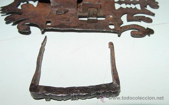 Antigüedades: EXCEPCIONAL CERRADURA DE HIERRO FORJADO SIGLO XVII - XVIII DE FORJA, JUNTO CON SUS CLAVOS Y CON ACCE - Foto 12 - 26578096