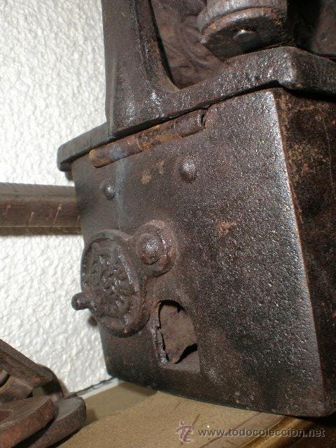 Antigüedades: PLANCHA DE CARBON-CON ESVASTICA---MUY RARA-----PIEZA DE HIERRO EN -pieza de coleccion - Foto 2 - 19222192