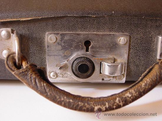 Antigüedades: Antigua máquina de escribir. - Foto 5 - 26508348
