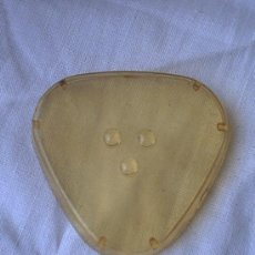 Antigüedades: ANTIGUO PLASTICO PROTECTOR AFEITADORA. Lote 13991418