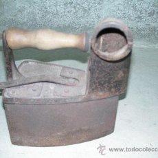 Antigüedades: PLANCHA DE HIERRO. Lote 26408508