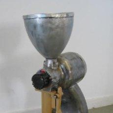 Antigüedades: MOLINILLO DE CAFÉ ANTIGUO ELÉCTRICO. Lote 27441695