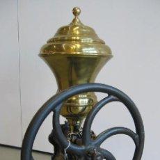 Antigüedades: MOLINILLO DE CAFÉ ANTIGUO MARCA LEGRAIN. Lote 27441696